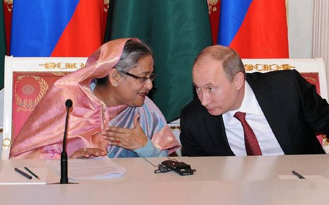 File Photo: Sheikh Hasina and Vladimir Putin speaking after witnessing signing of several MoUs and deals in Kremlin on Jan 14, 2013.