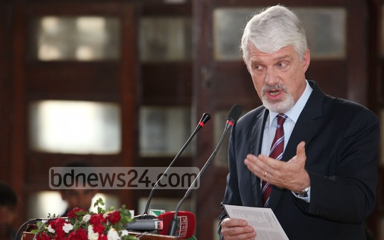 William Hanna, European Union's Head of Delegation to Dhaka, speaks at Wednesday's inauguration of photo exhibition - 'Aftermath: Rana Plaza' organised at Dhaka University to mark one year of the disaster. Photo: asaduzzaman pramanik/ bdnews24.com