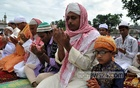 Muslims perform Eid-ul-Fitr prayers at the Red Mosque in Agartala, the capital of India's northeastern state Tripura on Tuesday. Photo: Pinaki Das