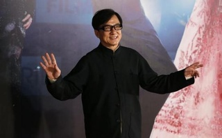 Hong Kong actor Jackie Chan poses on the red carpet during the 33rd Hong Kong Film Awards April 13, 2014. Credit: Reuters