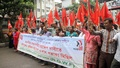 National Garments Workers Federation holds a rally in front of the National Press Club on Saturday to protest the decision of closing the Helicon Garments at Dhaka EPZ. Photo: asif mahmud ove/ bdnews24.com