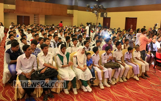 Participants in the selection test at the Hello child journalism festival in Cox's Bazar. Photo: mustafiz mamun/ bdnews24.com