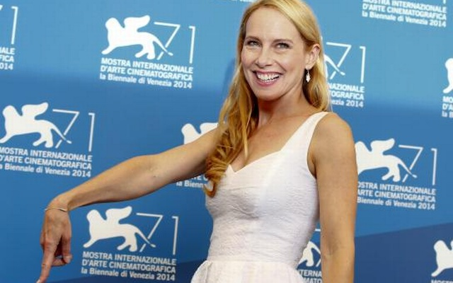 U.S. actress Amy Ryan poses during the photo call for the movie Birdman or (The unexpected virtue of ignorance) at the 71st Venice Film Festival August 27, 2014. Reuters