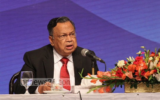 Foreign Minister AH Mahmood Ali speaks at International Workshop-Blue Economy at Sonargaon Hotel on Tuesday. Photo: nayan kumar/ bdnews24.com