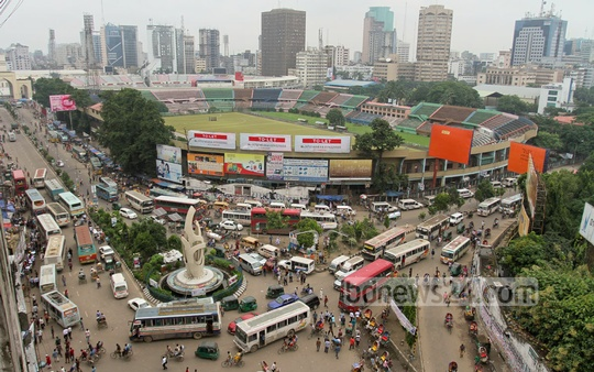 Dhaka's Gulistan during 20-party Alliance's nationwide general strike on Monday. Photo: tanvir ahammed/ bdnews24.com