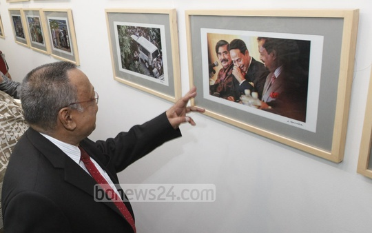 bdnews24.com celebrates its eighth anniversary with a photo exhibition showcasing a selection of fascinating photographs on contemporary Bangladesh at the Bay's Galleria at Dhaka's Gulshan on Thursday. Photo: bdnews24.com