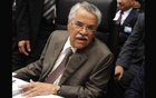 Saudi Arabia's Oil Minister Ali al-Naimi talks to journalists before a meeting of OPEC oil ministers in Vienna in this June 11, 2014 file photo. Reuters