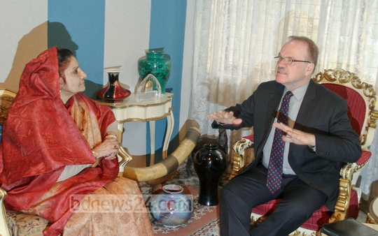 Outgoing US Ambassador Dan W Mozena meets Leader of the Opposition Raushan Ershad on Wednesday. Photo: asif mahmud ove/ bdnews24.com