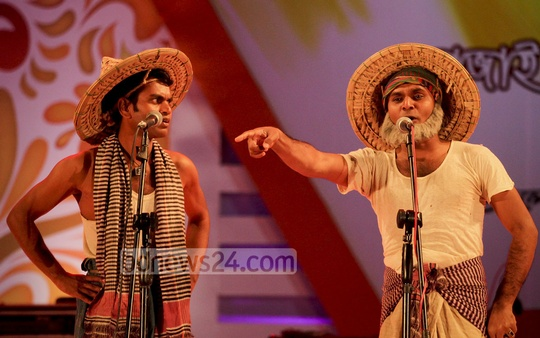 Performers perform at a day-long programme titled 'Bangladesh Utsab' organised at Dhaka's Ramna Park on Friday. Photo: tanvir ahammed/ bdnews24.com