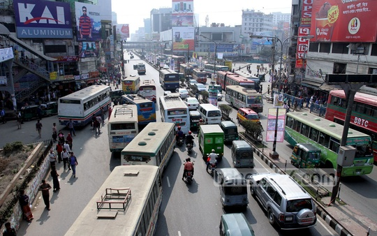 Vehicles are out on the streets of Dhaka as usual but long distance buses have been grounded during Thursday's 24-hour shutdown . Photo: tanvir ahammed/ bdnews24.com