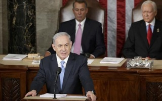 Israeli Prime Minister Benjamin Netanyahu addresses a joint meeting of Congress in the House Chamber on Capitol Hill, March 3, 2015. Reuters