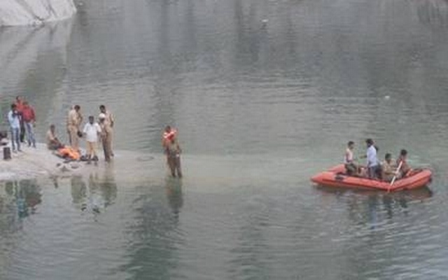 Five youth drown in quarry pit near Bengaluru - bdnews24 com