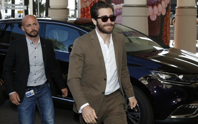 Jury member actor Jake Gyllenhaal arrives at the Grand Hyatt Cannes Hotel Martinez on the eve of the opening of the 68th Cannes Film Festival in Cannes, southern France, May 12, 2015. Reuters