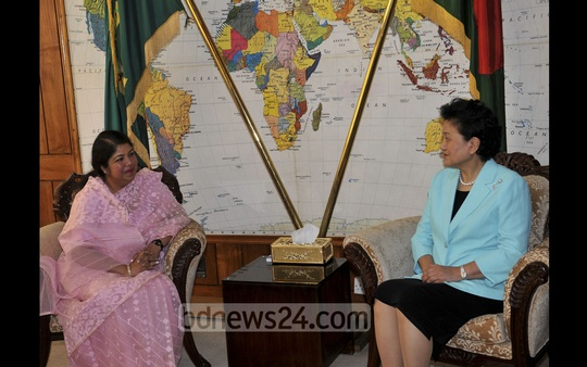 Chinese Vice Premier Lio Yandong lauds Bangladesh's policies to counter economic and social challenges when she met Speaker Shirin Sharmin Chaudhury in Parliament on Monday.