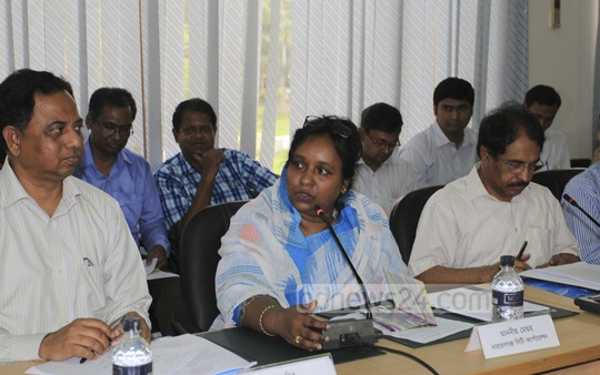 Narayanganj City Corporation Mayor Selina Hayat Ivy speaks at a meeting organised by Dhaka Transport Coordination Authority on Thursday.