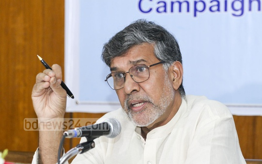 Nobel Peace laureate Kailash Satyarthi meets the media at Hotel Sonargaon in Dhaka on Friday. Campaign for Popular Education (CAMPE) organised the meeting. Photo: nayan kumar
