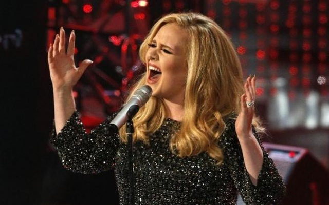 British singer Adele performs the song ''Skyfall'' from the film ''Skyfall,'' nominated as best original song, at the 85th Academy Awards in Hollywood, California February 24, 2013. Reuters