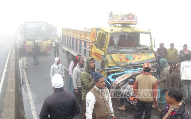 Suranjit 'concerned' over frequent accidents on Bangladesh highways