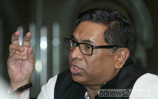 State Minister for Power Nasrul Hamid speaks at a discussion on the power sector in Dhaka on Thursday. Photo: tanvir ahammed