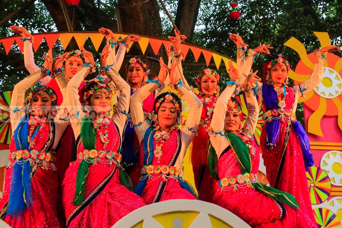 Dancers perform at the Faculty of Fine Art in Dhaka University on Saturday marking 'Pahela Falgun' – the first day of spring in the Bangla calendar. Similar celebrations have also been organised throughout the capital.