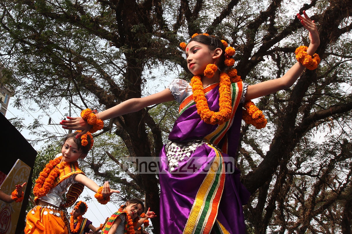 Artistes perform at a function at Chittagong DC Hall on Saturday as part of the celebration of Pahela Falgun, the first day of spring.