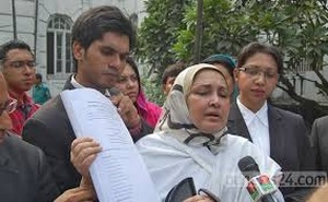 Farhat with a 'copy of the verdict'.