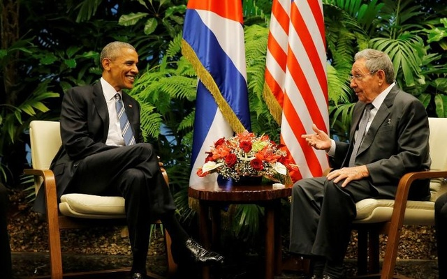 U.S. President Barack Obama and Cuba's President Raul Castro hold their first meeting on the second day of Obama's visit to Cuba, in Havana March 21, 2016. Reuters