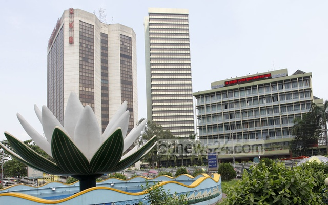 role of commercial bank of bangladesh Sonali bank is considered to be the largest bank of bangladesh it is the nationalized commercial bank, and it got this status under banks' nationalization order 1972 providing a long range of financial services, it is one of top choices of the people of bangladesh.