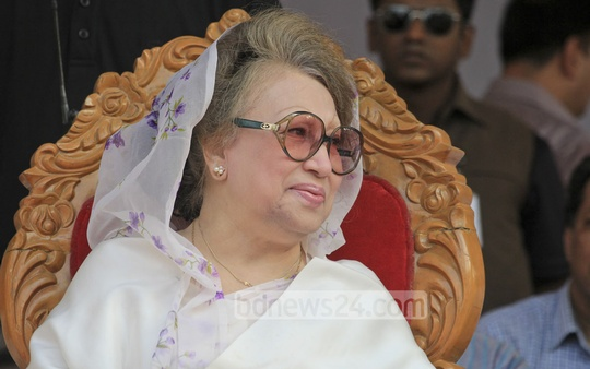 BNP Chairperson Khaleda Zia at a rally organised by Jatiyatabadi Sramik Dal, the party's workers affiliate, to mark the May Day at Suhrawardy Udyan on Sunday. Photo: asif mahmud ove