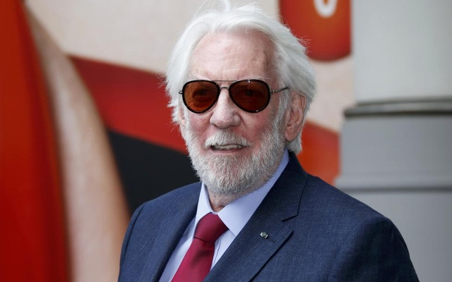Jury member actor Donald Sutherland arrives at the Grand Hyatt Cannes Hotel Martinez on the eve of the opening of the 69th Cannes Film Festival in Cannes, France, May 10, 2016. Reuters