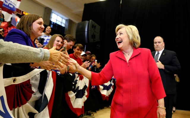 US Democratic presidential candidate Hillary Clinton greets supporters at Transylvania University in Lexington, Kentucky, US, May 16, 2016. Reuters