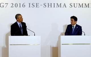 U.S. President Barack Obama attends a press conference with Japan's Prime Minister Shinzo Abe after a bilateral meeting during the 2016 Ise-Shima G7 Summit in Shima, Japan May 25, 2016. Reuters
