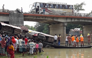 Eight dead after bus falls off bridge in central Bangladesh