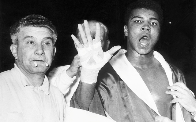 Muhammad Ali (then Cassius Clay) predicts that he will win the fifth round before his fight with Henry Cooper at Wembley Stadium in London, Britain June 18, 1963.Photo: Action Images / MSI/File Photo
