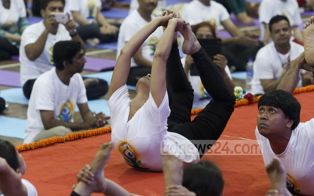 New study suggests use of yoga-based interventions as an alternative or supplement to pharmacologic treatments for depression. File photo/bdnews24.com