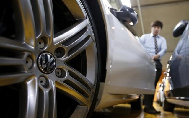 A Volkswagen's logo is seen on a wheel of a car at a used car dealership in Seoul, South Korea, Oct 2, 2015. Reuters