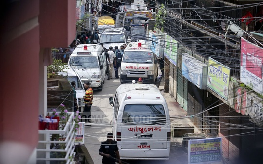 Ambulances are brought to carry the bodies of the suspected militants. Photo: asaduzzaman pramanik