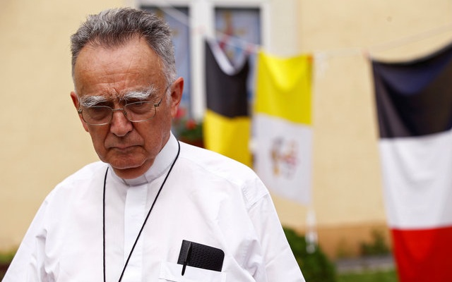 Archbishop of Marseille Georges Pontier pauses as he speaks about a priest's killing in Northern France, during his visit in Krakow, Poland July 26, 2016. reuters