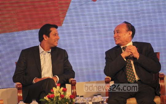 Sajeeb Wajed and ITU Secretary General Houlin Zhao discuss a point at the inauguration ceremony of Bangladesh's first IT Incubatory at the Sonargaon Hotel in Dhaka on Wednesday. Photo: asif mahmud ove