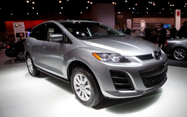 The 2010 Mazda CX-7 is unveiled at the 2009 New York International Auto Show April 9, 2009. Reuters