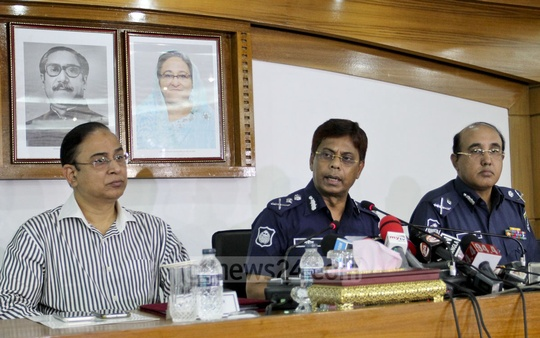 Inspector General of Police AKM Shahidul Hoque speaks at a media conference on Wednesday at the Bangladesh Police headquarters in Dhaka. Photo: asif mahmud ove