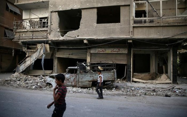 Syria truce hangs in the balance amid attacks, lack of aid