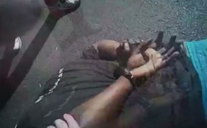 US police videos show fatal shooting of black man