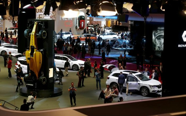 General view during media day at the Mondial de l'Automobile, the Paris auto show, in Paris, France, September 29, 2016. Reuters