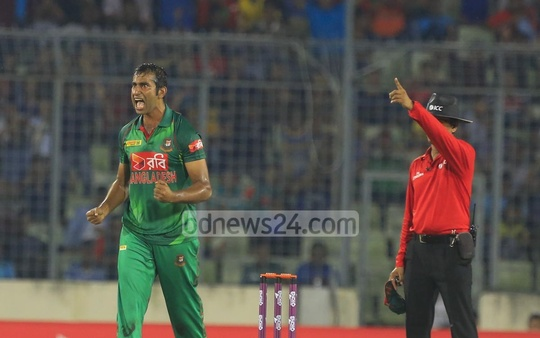Mosharraf Hossain celebrates dismissing Nawroz Mangal [not pictured]. The spinner returned 3-24 on his return to international cricket. Photo: Mostafigur Rahman