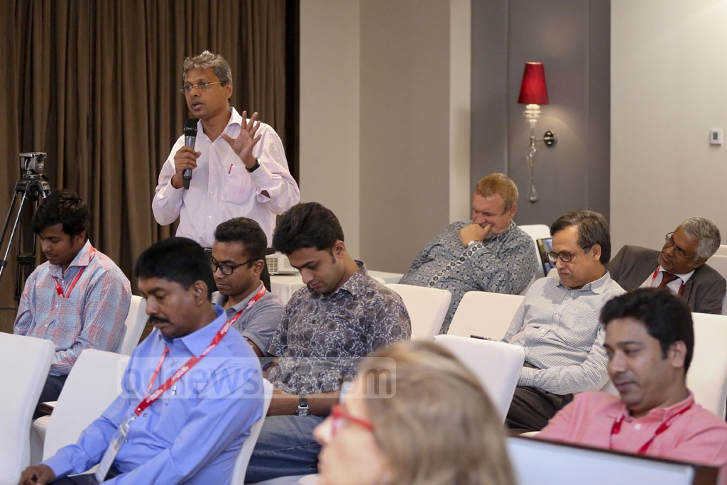 A participant asking panel discussants a question during Asia Media Conference at Le Méridien Dhaka hotel on Friday. Photo: asaduzzaman pramanik