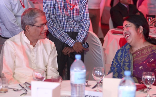 Speaker Shirin Sharmin Chaudhury and BNP Secretary General Mirza Fakhrul Islam Alamgir all smiles during the 10th anniversary celebration of bdnews24.com at Radisson Blu hotel on Sunday.