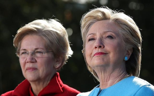 Hillary Clinton attends a campaign rally accompanied by Senator Elizabeth Warren (D-MA) at Manchester, New Hampshire US, Oct 24, 2016. Reuters