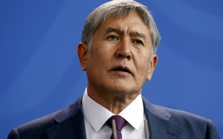Kyrgyzstan's President Almazbek Atambayev addresses a news conference in Berlin, April 1, 2015. Reuters