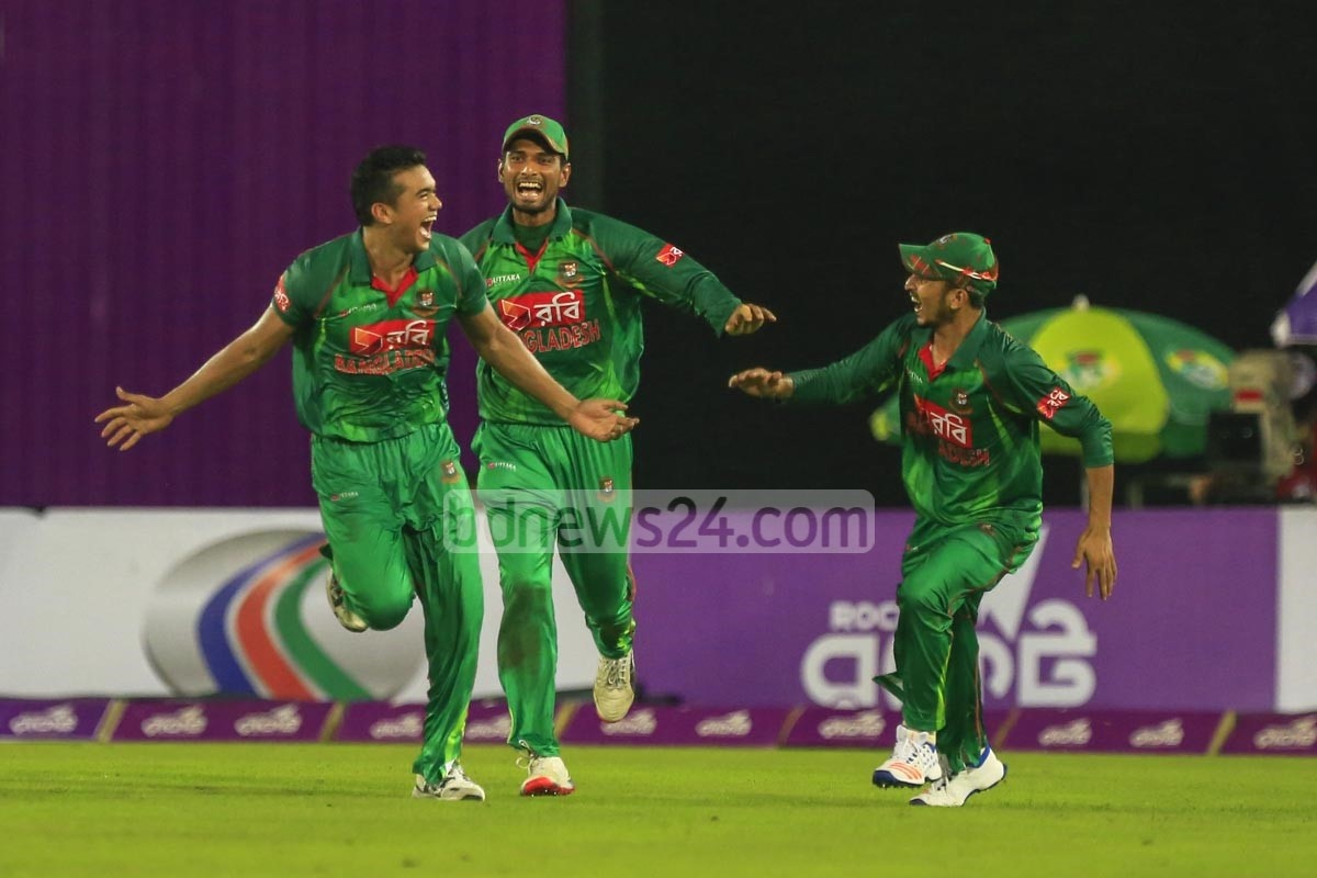 39_Bangladesh vs England_wOKES oUT_091016__0005.jpg